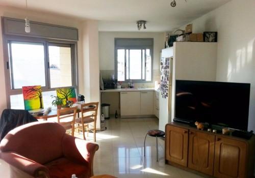 """למכירה דירת 3 ח' במרכז רמת גן, דירה חדישה משודרגת עם ממ""""ד מרפסת שמש וחניה"""