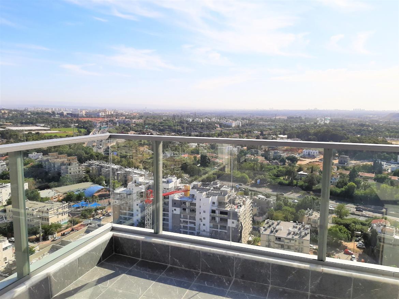 """למכירה ברמת-גן דירה חדשה 5ח' קומה 18 נוף מדהים, צמוד ליציאה לת""""א לירושלים/אשדוד ולצפון"""